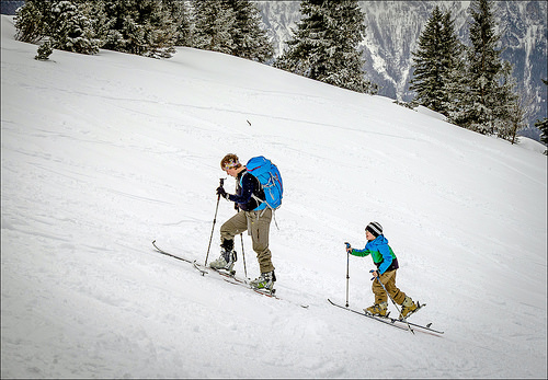 Tag på børnevenlig vinterferie i Zillertal i Østrig